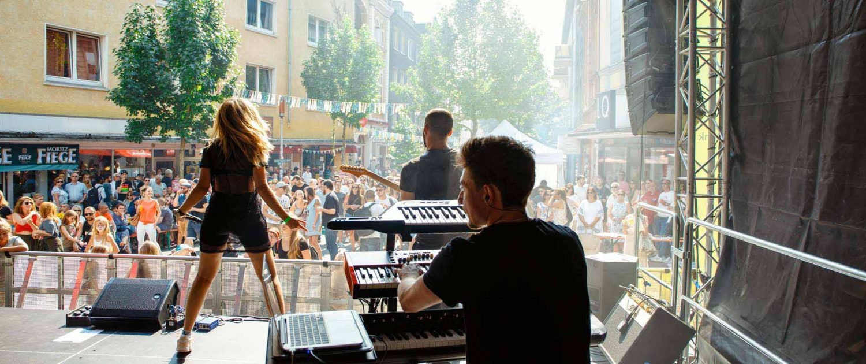 Wiesenviertelfest Maria Nicoalaides Foto Dana Schmidt